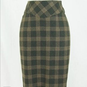 Banana Republic Plaid Pencil Skirt Size 2